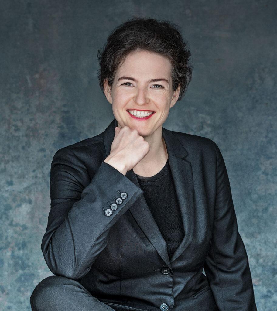 Dorothea Baur - about me